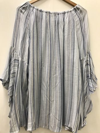 Used fever TOPS  L-12/14